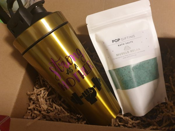 Fit mumma gift pack shaker and bag salts